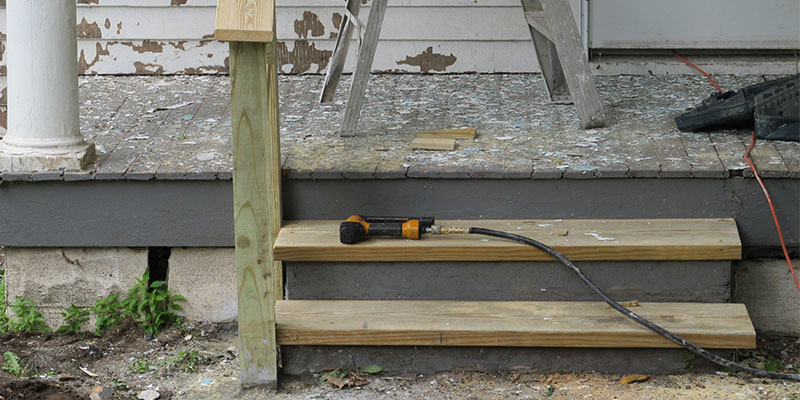 Lead Hazard Control Grantees Receive Revised Dust-Lead Action Levels for Risk Assessments and Clearances of Porch Floors